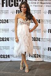 Ева Лонгория вышла в свет в сексапильном платье-11-9-jpg