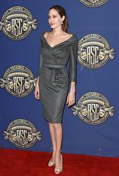 Звездный стиль - Анджелина Джоли-uuby-xlep_k-jpg