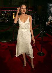 Звездный стиль - Анджелина Джоли-z_55306f7e-jpg