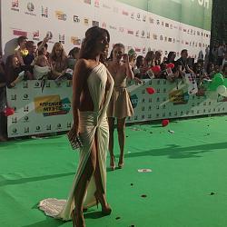 Премия Муз-ТВ:Экс-солистки «ВИА Гры» поразили своими нарядами-premiya-muz-tv-jpg