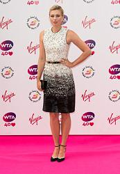 Мария Шарапова в стильном платье от Burberry-mariya-sharapova-1-jpg
