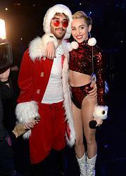 Кэти Холмс, Линдси Лохан, Майли Сайрус и другие на Z100's Jingle Ball в Нью-Йорке-z100s-jingle-ball-12-jpg