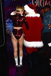 Кэти Холмс, Линдси Лохан, Майли Сайрус и другие на Z100's Jingle Ball в Нью-Йорке-z100s-jingle-ball-13-jpg
