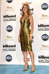 Выбираем лучший наряд Billboard Music Awards-2013-billboard-music-awards-2013-6-jpg